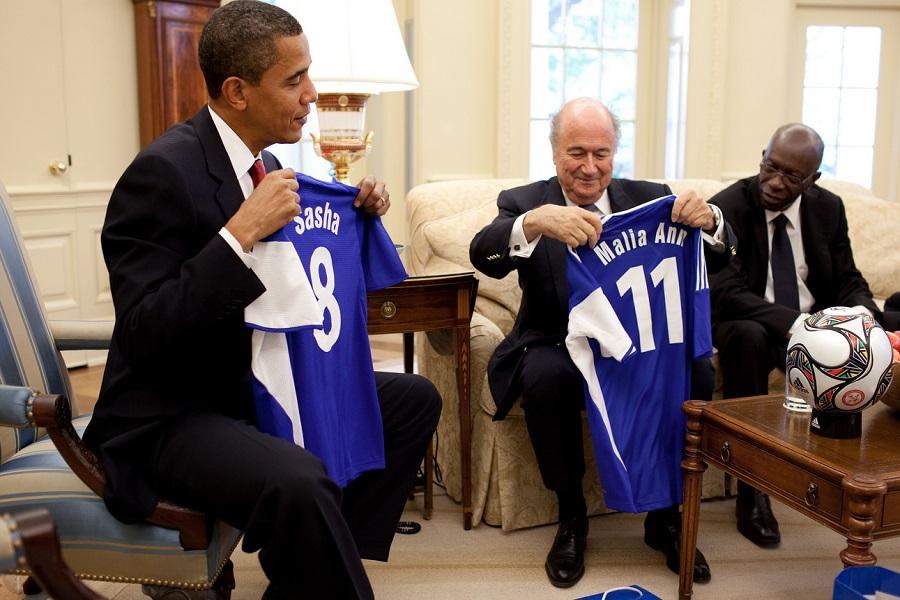 Сеп Блатер и Обама