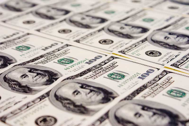 валути, финанси