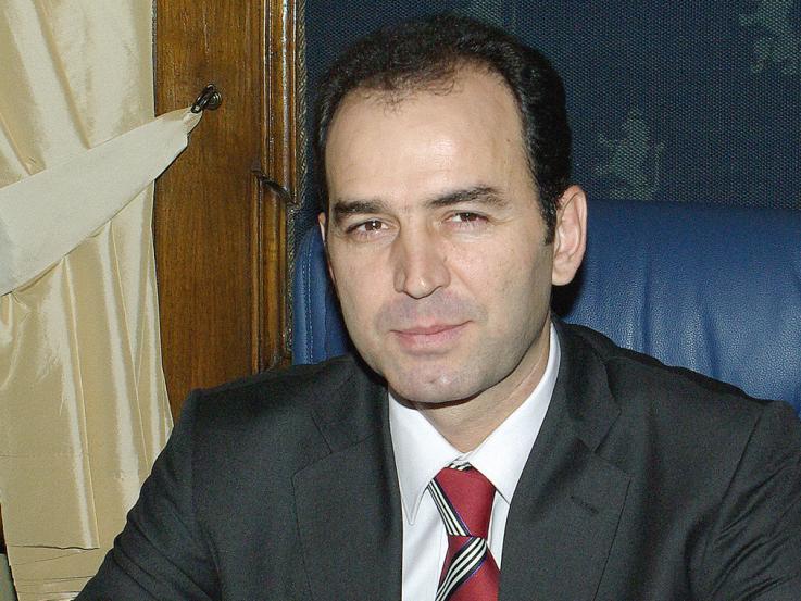 Иван Искров