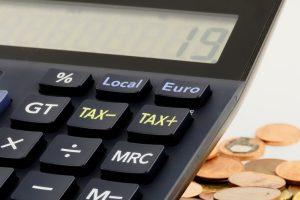пари, данъци