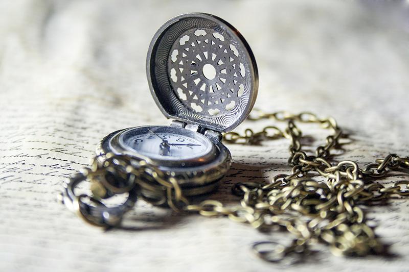 часовник и писмо